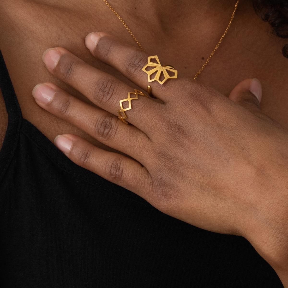 geometrie ringe gold model