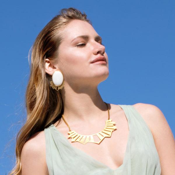 belladonna-kette-gold-model