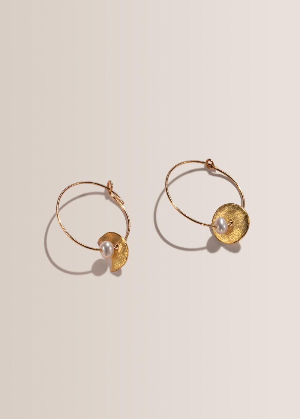 Selini-Sonne-Mond-Creolen-gold-Perlen