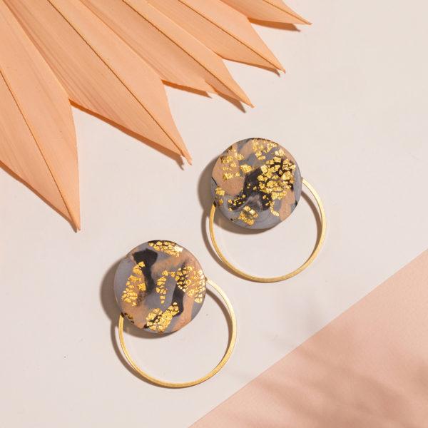 Elsa-Ohrringe-Polymer-Clay-gold-dunkel