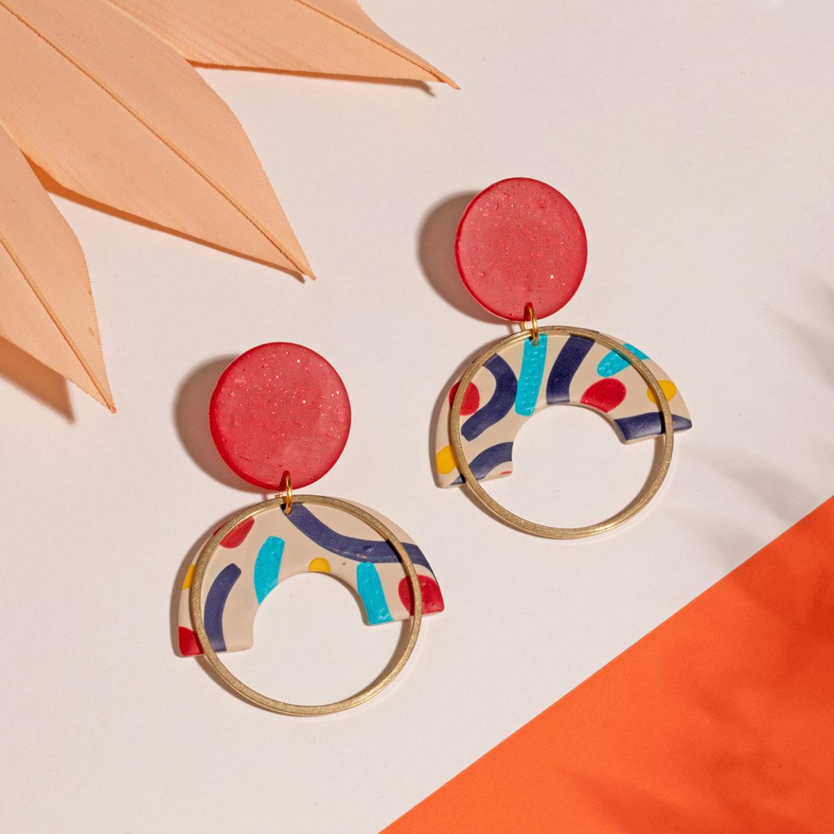 Frida-II-Ohringe-Polymer-Clay-bunt