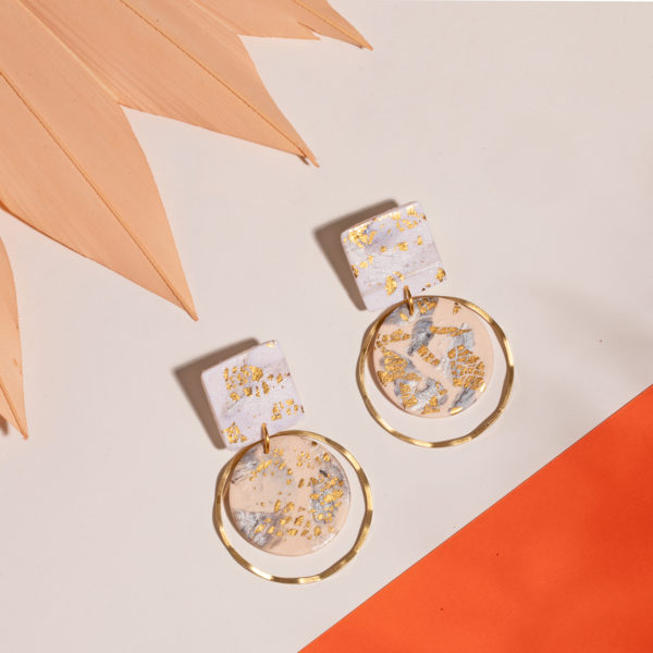Marika-Ohrringe-Polymer-Clay-gold