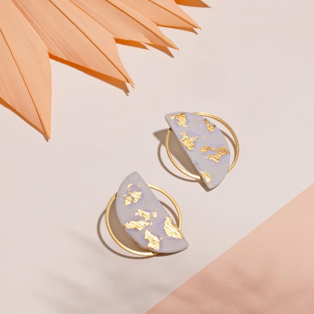 Sia-Ohrringe-Polymer-Clay-grau-gold