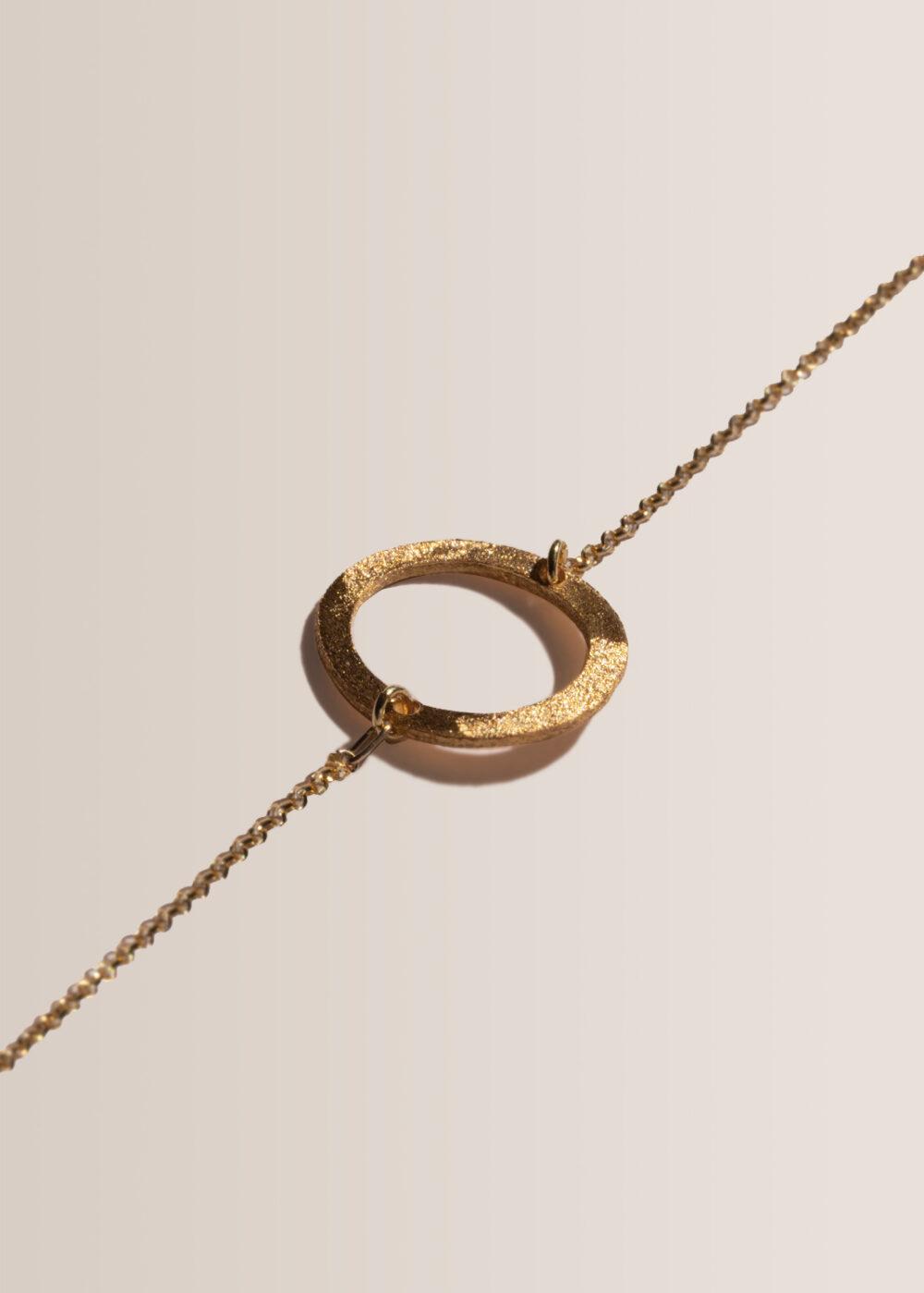 Cira-Armband-gold-matt