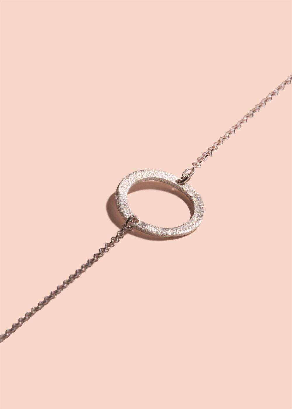 Cira-Armband-silber-matt