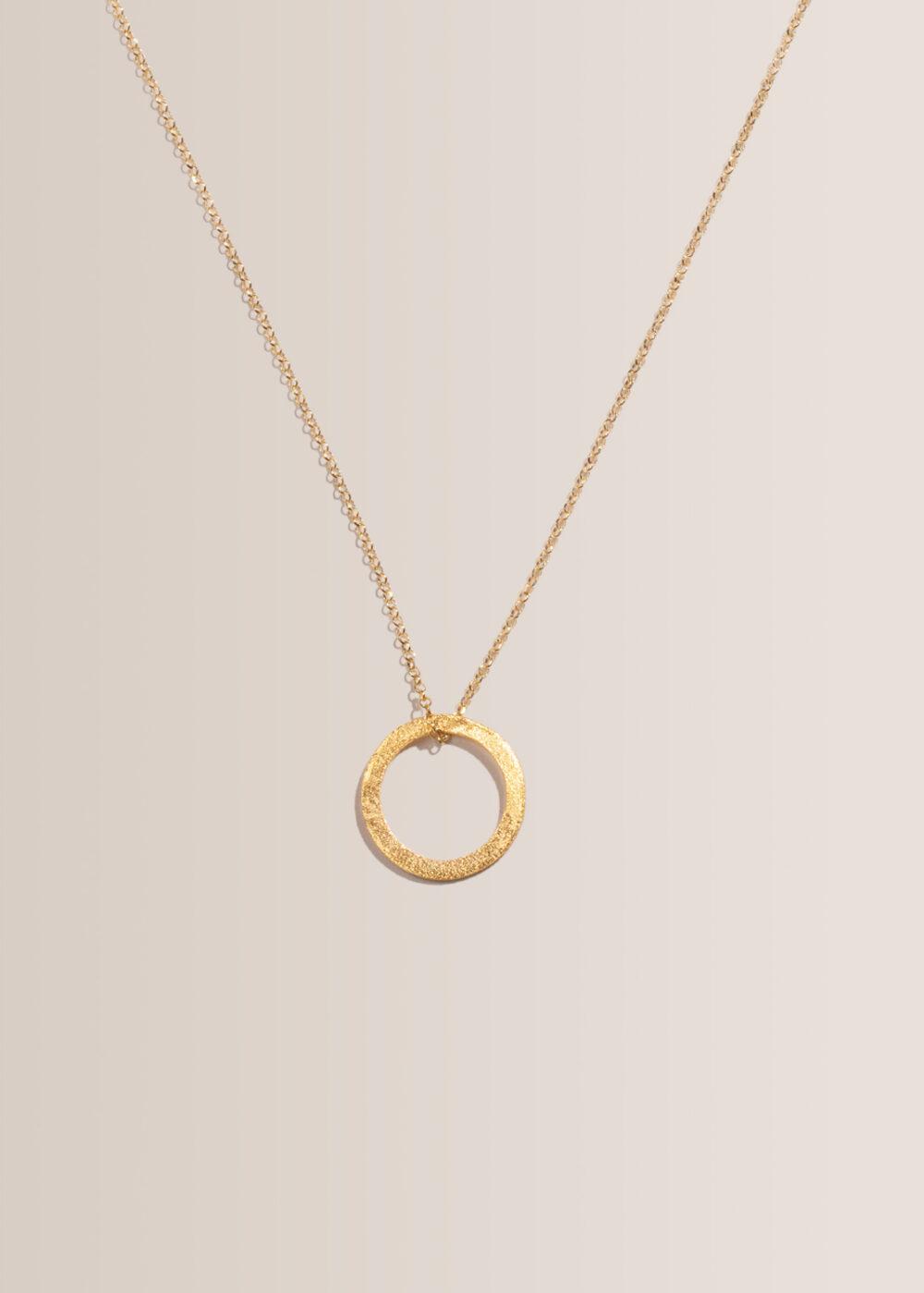 Cira-Halskette-Kreisanhaenger-gold