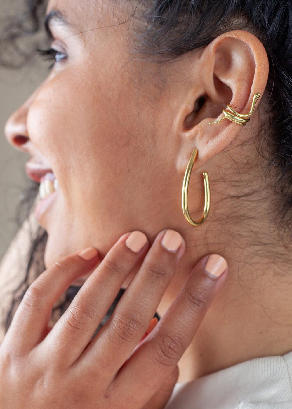Schlange-earcuff-gold-galatea-ohrringe-gold
